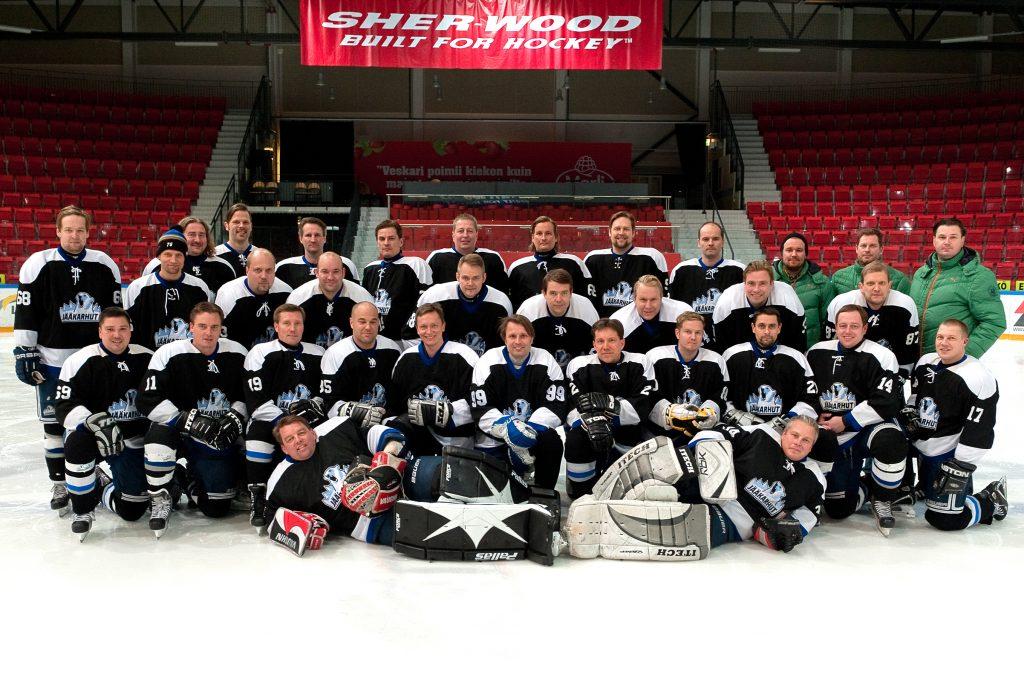 jaakarhut teamphoto